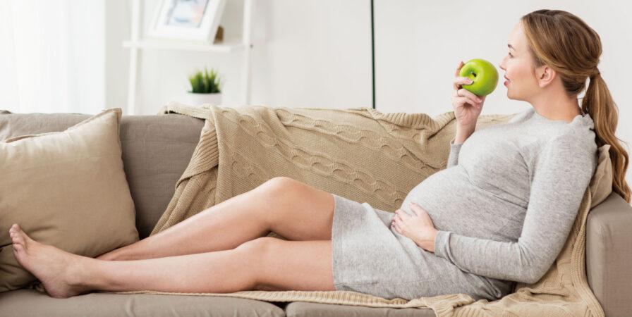 懷孕怎麽吃?孕期三階段營養品補充懶人包!