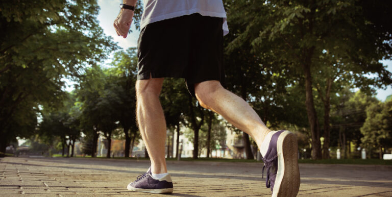 膝蓋痛可以運動嗎?6個膝蓋不舒服可以做的運動!